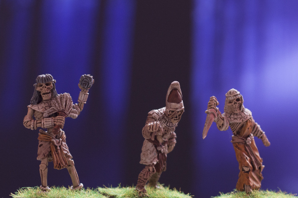 mummy pharaoh and skeletal attendants, dark fable miniatures
